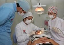 Unipar convida pacientes para tratamentos estéticos de odontologia