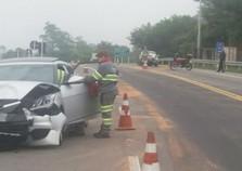 Dois acidentes deixam sete feridos na BR-393, em Barra do Piraí