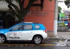 Jovem é flagrado vendendo drogas no bairro Jatobá, em Paraíba do Sul