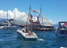 Procissão marítima colore Angra dos Reis no primeiro dia de 2018