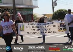 Desfile Cívico - 65 anos Cruzeiro do Oeste