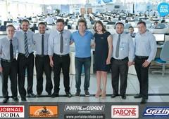 Cantor Daniel visita Funcionários do Grupo Gazin