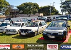 1º Encontro de Carros Rebaixados e Antigos