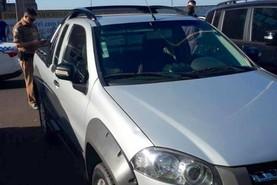 Falso cliente simula test drive e rouba carro de revenda na Avenida Paraná