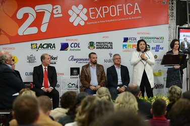 Cerimonial de abertura inaugura a 27ª EXPOFICA em Andradas