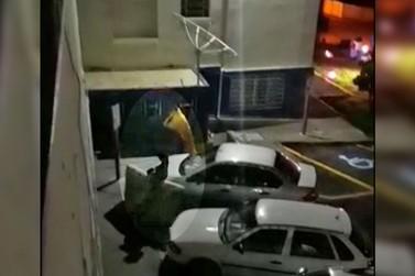 Briga de moradores de rua causa transtornos à Santa Casa de Andradas