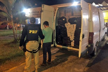 PRF apreende veículo com mais 6 mil pacotes de cigarro contrabandeados
