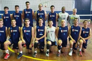 Equipe de Poços está na final da Liga Sanjoanense de Voleibol