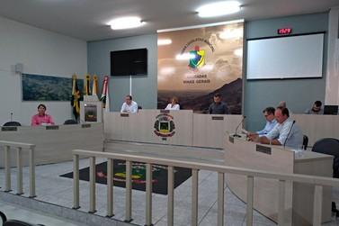 Câmara Municipal de Andradas divulga pauta da 23ª sessão ordinária de 2018