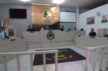 Vereadores aprovam auxílio transporte para estudantes de Andradas