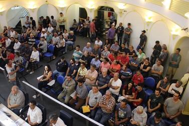 Base de cálculo dos impostos municipais é tema de audiência na Câmara em Poços