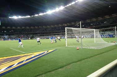 Caldense perde para o Cruzeiro e vai encarar o América na próxima fase