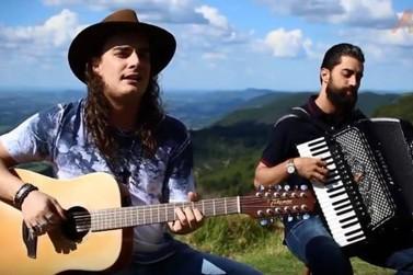 Projeto traz música raiz em versão folk