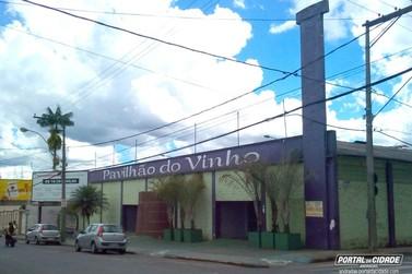 Prefeito anuncia reforma no Pavilhão do Vinho em Andradas