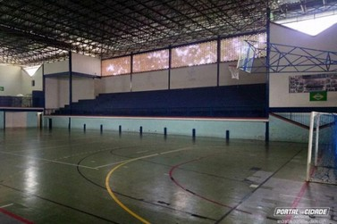Andradas entra em quadra nesta segunda pela Taça EPTV de Futsal
