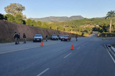 Polícia Militar prende 5 durante Operação Alferes Tiradentes em Andradas