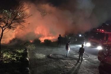 Incêndio destrói grande área de vegetação em Poços de Caldas