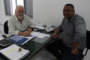Recursos solicitados por vereador beneficiam área da saúde em Poços