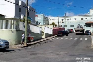 Rua próxima à Santa Casa de Andradas fica interditada por dois dias