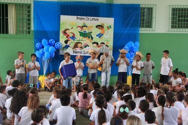 Escolas de Andradas recebem projeto de leitura durante um mês