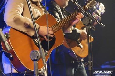 Festival da Canção de Andradas tem segunda noite de apresentações
