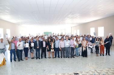 Municípios assinam Termo de Compromisso com Projeto de Regionalização da Saúde
