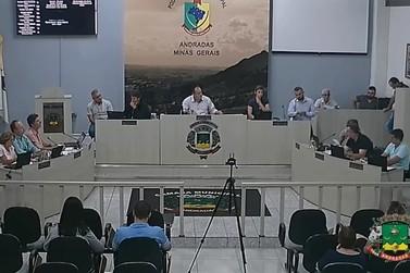 Câmara aprova abertura de licitação para serviços de água e esgoto em Andradas