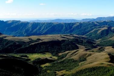 Governo de Minas firma acordo para promover o Destino Mantiqueira