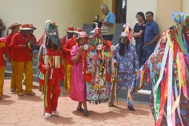 Encontro de Folia de Reis reúne população no Distrito de Campestrinho