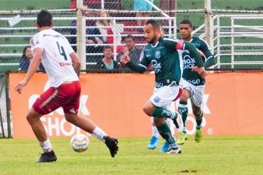 Caldense bate o Boa Esporte e assume liderança do Mineiro