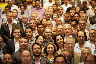 Governador recebe cerca de 300 prefeitos para apresentar resultados e projetos