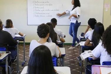 Governo de Minas nomeia mais mil professores aprovados em concurso público