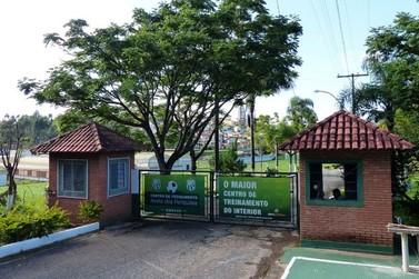 Com Mineiro parado, Caldense não renova contratos de todos os jogadores