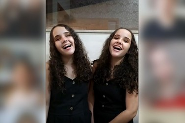 Helen e Heloisa participam de vídeo especial com jovens do The Voice