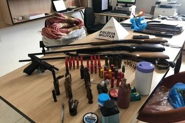 PM apreende armas, explosivos e materiais usados em caça em Caldas