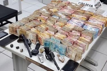 Polícia Militar prende 5 suspeitos de participar de assalto a banco em Caldas