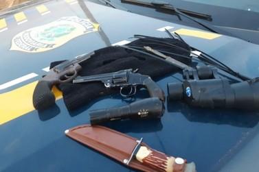 PRF prende na BR-459 membros de quadrilha que atuava na região