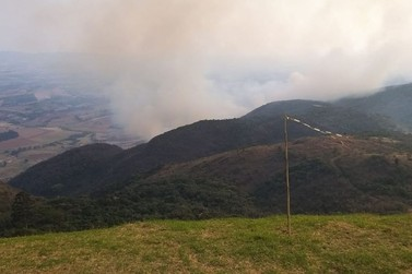 Tempo seco pode contribuir com queimadas nos próximos dias em Andradas
