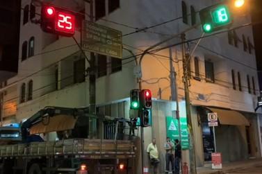 Andradas tem implantação de novos semáforos e substituição de antigos