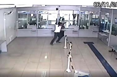 Homem tenta assaltar lotérica na região central de Andradas