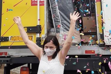 Drogaria Americana entrega caminhão de prêmios em Andradas