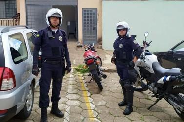 Guarda Municipal surpreende dupla com motocicleta furtada em Andradas