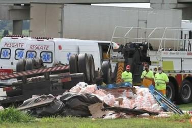 Caminhoneiro de Jacutinga morre em acidente no interior paulista