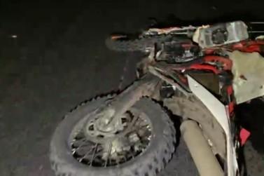 Motociclista morre após batida com carro na Rodovia do Contorno