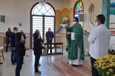 Paróquias de Andradas realizam a tradicional a benção dos pães