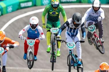 Atleta de Poços de Caldas avança às semifinais no ciclismo BMX em Tóquio