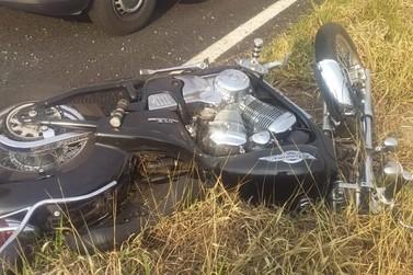Homem morre em acidente entre moto e caminhão no Marco Divisório