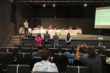 Prefeita de Andradas participa de assembleia do Caminho da Fé