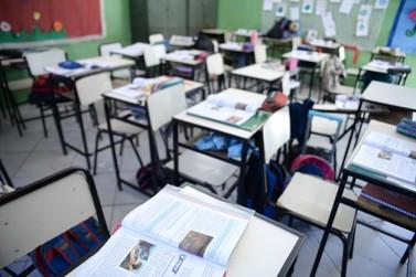 Material didático não utilizado pela escola deve ser devolvido a aluno