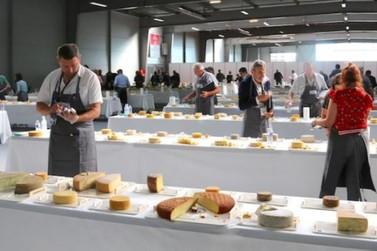 Minas Gerais conquista 40 medalhas em concurso mundial de queijos na França